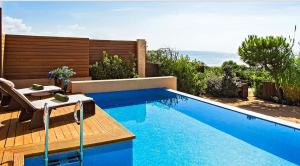 Costa Navarino - private pool