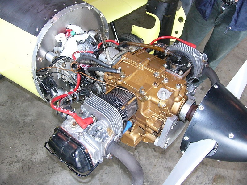 Volkswagen air-cooled engine on a Hummelbird