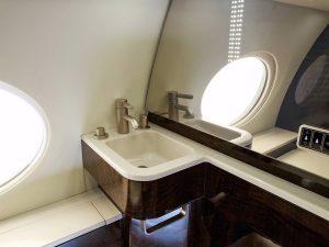Gulfstream-G650-bathroom