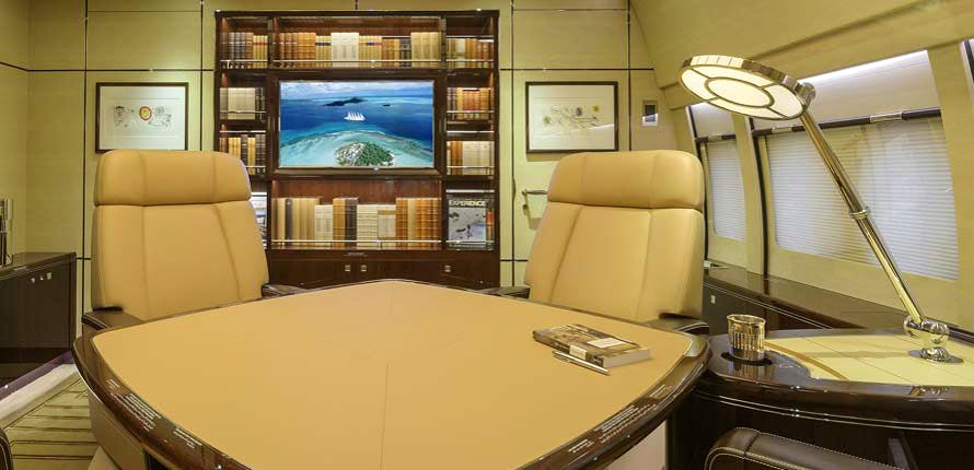 Boeing BBJ 747-8 by Cabinet Alberto Pinto – office