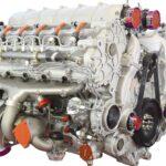 he 12 cylinders A03 develops 368 Kilowatt (500 CV)